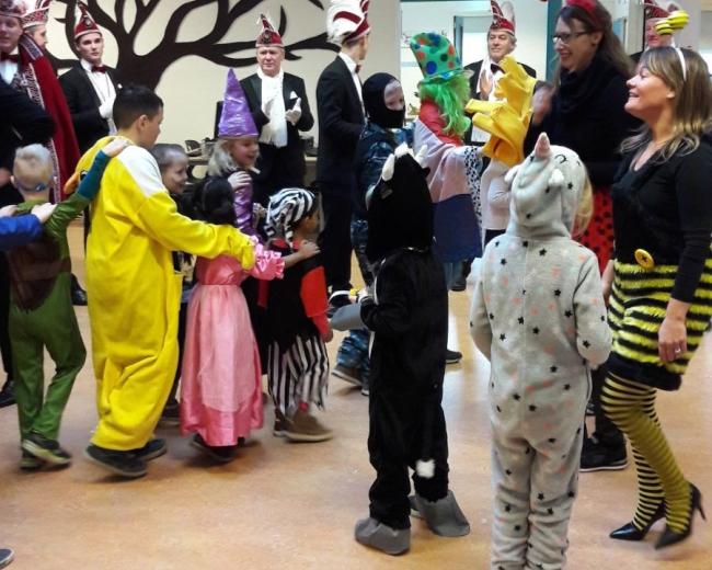 Carnaval bij obs Dijkerhoek